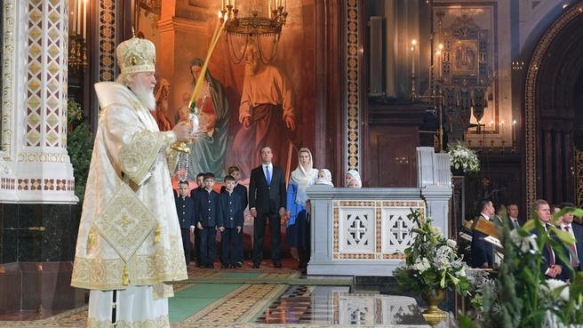 На торжественном рождественском богослужении в храме Христа Спасителя в Москве