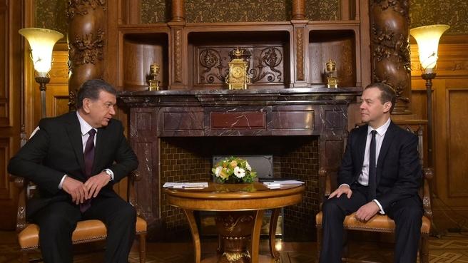 Беседа с Президентом Республики Узбекистан Шавкатом Мирзиёевым