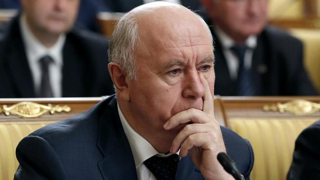 Губернатор Самарской области Николай Меркушкин на заседании Правительства