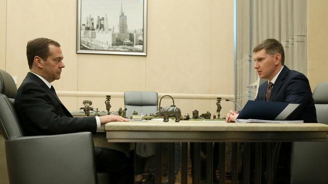Встреча Дмитрия Медведева с временно исполняющим обязанности губернатора Пермского края Максимом Решетниковым