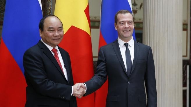 Беседа с Премьер-министром Вьетнама Нгуен Суан Фуком