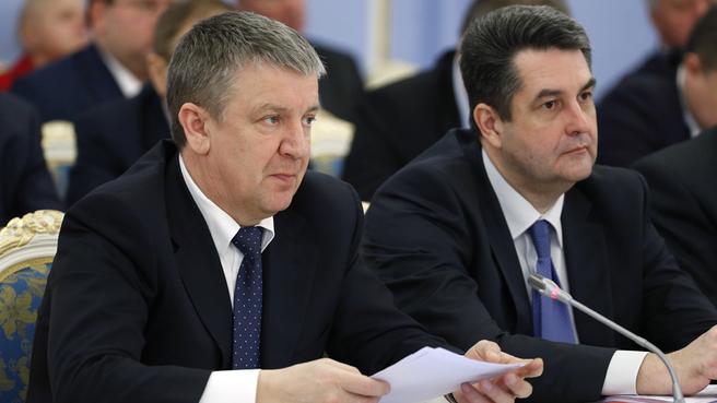 Глава Республики Карелия Александр Худилайнен и заместитель Генерального прокурора России Николай Винниченко