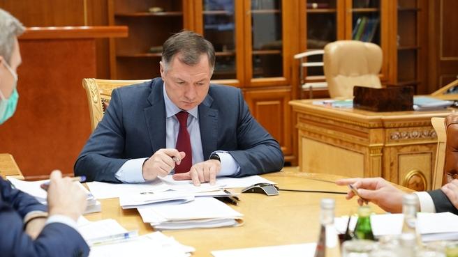 Марат Хуснуллин во время рабочей встречи с главой Республики Башкортостан Радием Хабировым