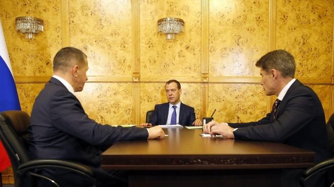 Встреча с Юрием Трутневым и временно исполняющим обязанности губернатора Приморского края Олегом Кожемяко