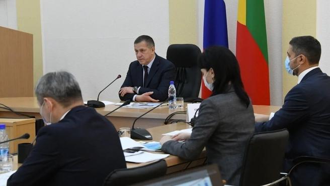 Юрий Трутнев во время совещания по социально-экономическому развитию Забайкальского края