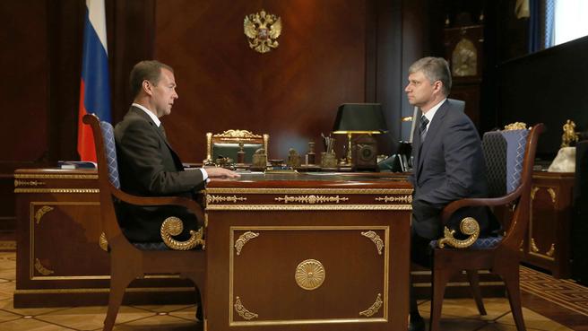 Рабочая встреча с руководителем ОАО «РЖД» Олегом Белозеровым