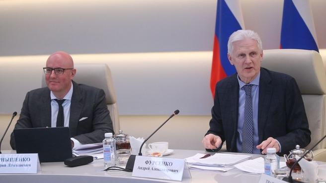 Дмитрий Чернышенко и Андрей Фурсенко провели первое заседание оргкомитета по проведению в России Года науки и технологий