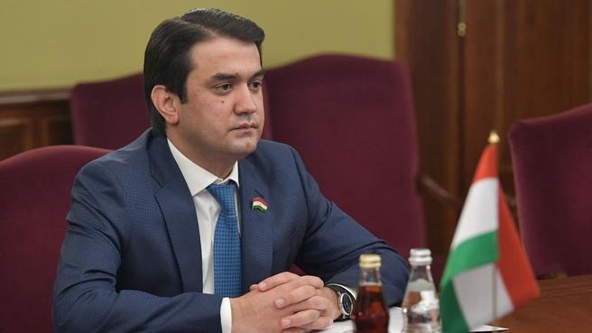 Рабочая встреча Алексея Оверчука с Председателем Маджлиси милли Маджлиси Оли Республики Таджикистан Рустами Эмомали
