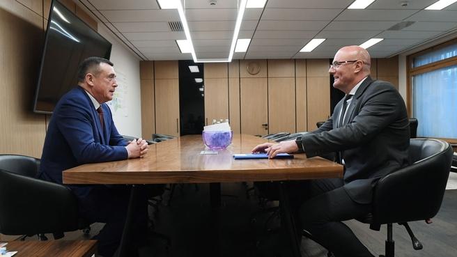 Дмитрий Чернышенко провёл рабочую встречу с губернатором Сахалинской области Валерием Лимаренко