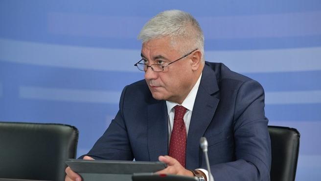 Доклад Владимира Колокольцева на совещании о ходе реализации национального проекта «Безопасные и качественные автомобильные дороги»