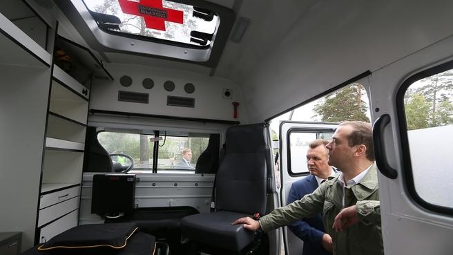 Передача Забайкальскому краю новых машин скорой медицинской помощи