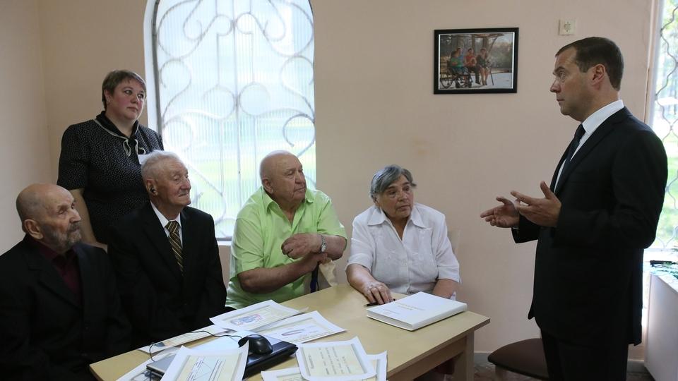 Посещение липецкого областного Центра реабилитации инвалидов и пожилых людей «Сосновый бор». Встреча с пациентами центра