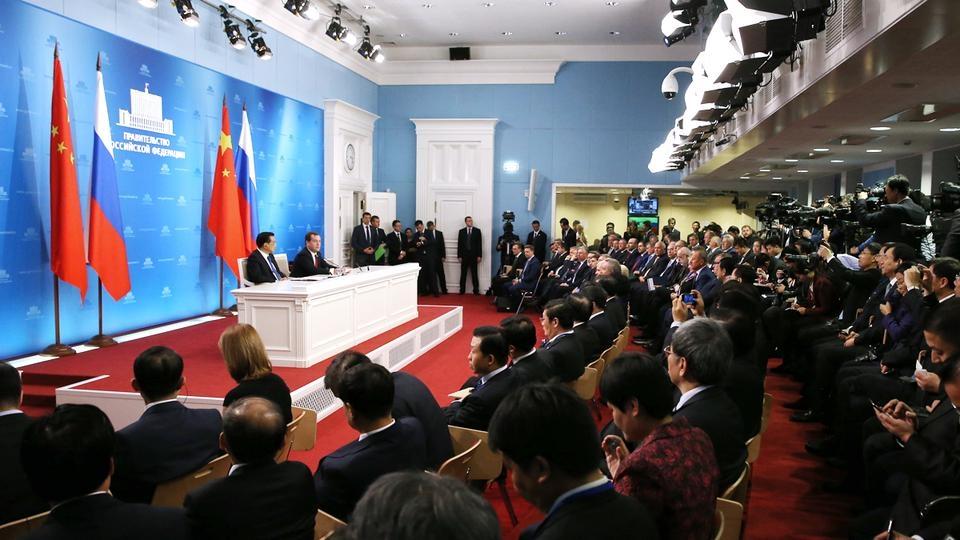 Пресс-конференция по итогам 19-й регулярной встречи глав правительств России и Китая
