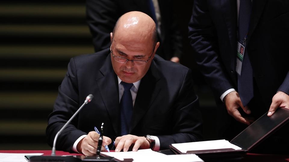 Подписание документов на заседании Евразийском межправительственном совете