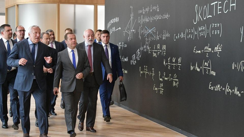 Осмотр нового учебного комплекса Сколковского института науки и технологий