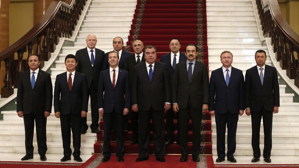 Главы делегаций, участвующих в заседании Совета глав правительств государств – участников СНГ
