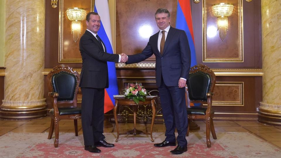 Беседа с Премьер-министром Армении Кареном Карапетяном