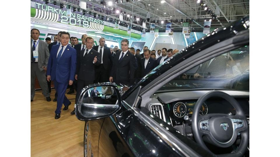 Посещение Международной Каспийской выставки инновационных технологий и автомобильной выставки «Туркмен сахрасы - 2019»