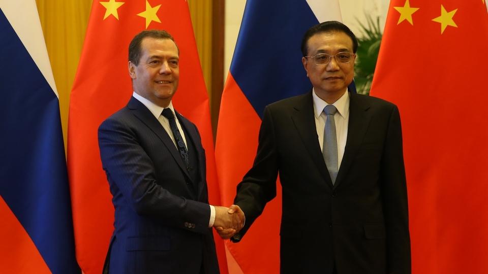 C Премьером Государственного совета КНР Ли Кэцяном