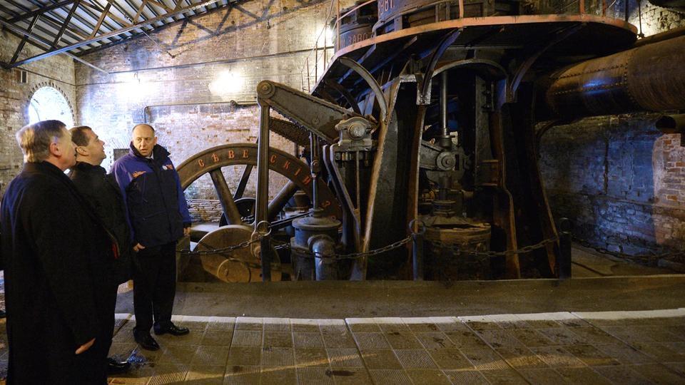 Осмотр музейного комплекса «Северская домна»