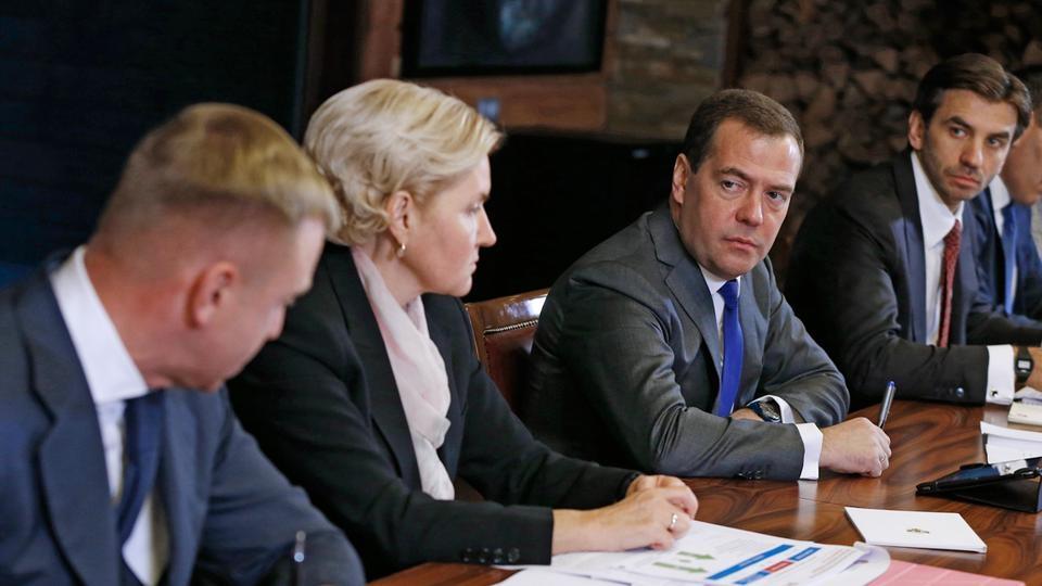 С главой Минобрнауки Дмитрием Ливановым, Заместителем Председателя Правительства Ольгой Голодец и Министром Михаилом Абызовым