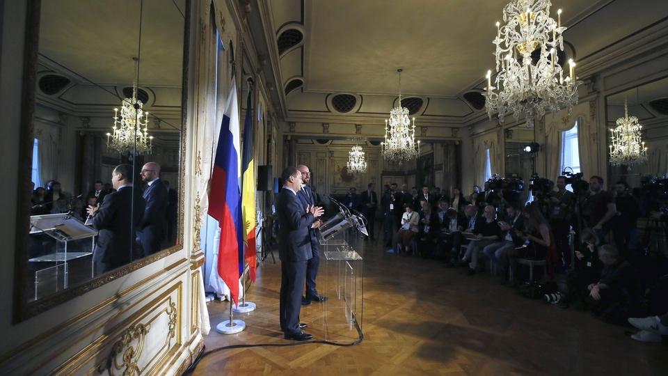Пресс-конференция Дмитрия Медведева и Шарля Мишеля