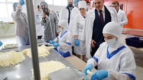 Посещение молочного завода «Тамбовский», осмотр цеха производства сыров, встреча с аграриями и предпринимателями Адыгеи